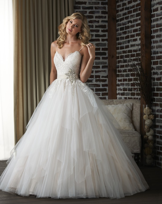 Leonardo NJ Wedding Gown Shop - Bridal Gowns - Prom Dresses - Mother ...